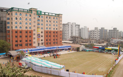 Academic-building-and-playground-top-view-1024x683